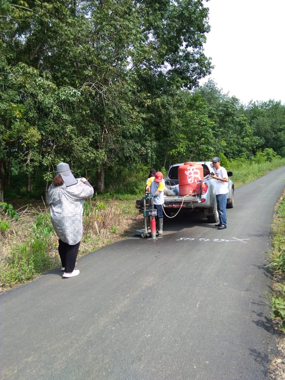 Tim BPK dan Tim pengawasan Dinas Pekerjaan Umum, Turun Lapngan di Daerah Way tawar, Kec. Negara Batin.